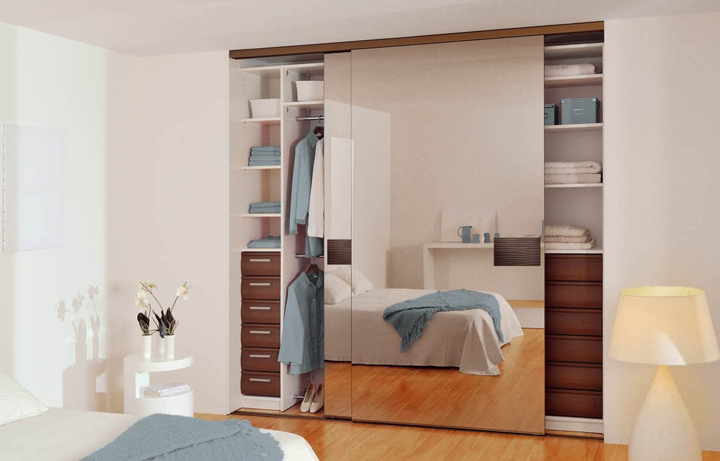 installation thermique porte de placard miroir sur mesure basilique. Black Bedroom Furniture Sets. Home Design Ideas