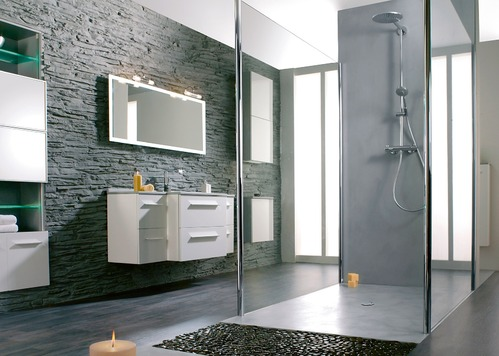 mur salle de bain r gles de base sur le mur salle de bain. Black Bedroom Furniture Sets. Home Design Ideas